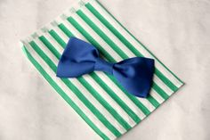 bow tie favor on bag 2
