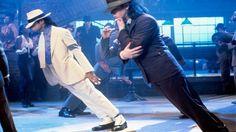 Terungkap! Begini Rahasia King of Pop, Michael Jackson untuk Melakukan Atraksi Joget Miringnya!