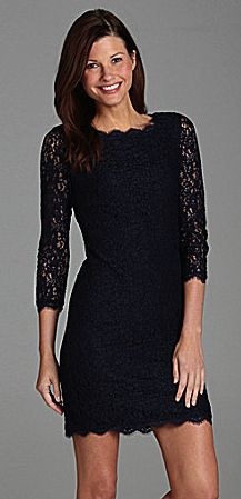 Adrianna Papell for E! Live From the Red Carpet Petites Lace Dress
