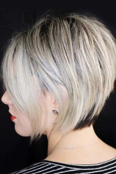 Different Chic Styles For Pixie Bob Haircut 4 Pixie Bob Haircut, Blonde Bob Haircut, Bob Hairstyles For Fine Hair, Short Pixie Haircuts, Trending Hairstyles, Layered Hairstyles, Bob Haircuts, Chic Haircut, Bobs For Thin Hair