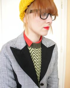 r e s e r v e d for radioluc...SALE Vintage plaid and black Blazer  (m). $17,00, via Etsy.