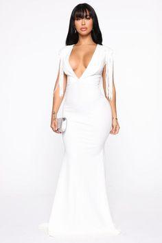 Fringe For Life Maxi Dress - Ivory – Fashion Nova Maxi Dress Tutorials, Girl Dress Patterns, Skirt Patterns, Blouse Patterns, Girls Dresses, Formal Dresses, Event Dresses, Sexy Dresses, Sequin Maxi