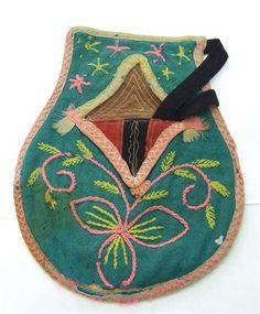 algibeira portuguesa Arte Popular, Spain And Portugal, Minho, Portuguese, Handicraft, Vintage Posters, Textiles, Pockets, Handbags