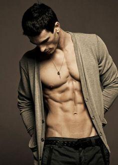 shirtless-friday-25