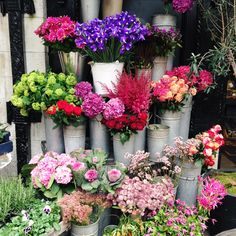 Liberty flowers / Candy Pop: http://www.candypop.uk.com/