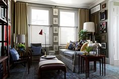 Sitting Area - Designer Martin Brudnizki's west London flat is imbued with an easy elegance - real homes on HOUSE by House & Garden Flat Interior, Home Interior, Interior Design, Design Room, Interior Paint, Interior Ideas, Small Apartments, Small Spaces, Small Rooms