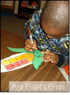 Thanksgiving Math Activities - Making 10s and Counting by 10s