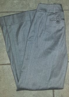 Ann Taylor pale grey lined cashmere wool low rise cuffed flair pants size 6 #AnnTaylor #DressPants