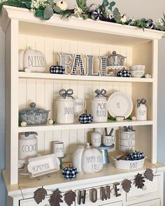 Rustic Porch Ideas All homes need furniture. The furniture you buy is practical and also demonstrates your personality. Fall Home Decor, Diy Home Decor, Holiday Decor, Hutch Display, Dining Room Hutch, Up House, Cool Furniture, Furniture Makeover, Kitchen Decor