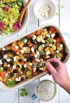 Briami - pieczone warzywa po grecku Healthy Pasta Salad, Healthy Pastas, Eating To Gain Muscle, Healthy Chicken, Food Videos, Vegan Recipes, Vegan Food, Healthy Eating, Healthy Food