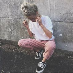 #girl #fashion #vans #style #clothes #outfit #beauty #tumblr  https://weheartit.com/entry/301160697?context_page=151&context_type=explore