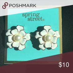 Spring street large White Floral earrings Spring street large White Floral earrings Jewelry Earrings