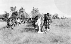 1927 Guadalajara Jalisco. Tropas cristeras durante ceremonia religiosa