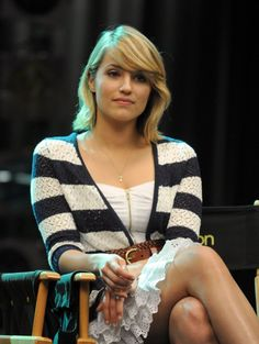 In case you couldn't tell, I love Dianna Agron's short cut.