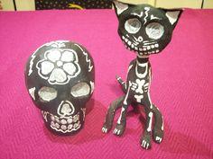 Sugar Skull Capable Smal Clay Ceramic Skull Statue Taxco Mexico Day Of The Dead A5