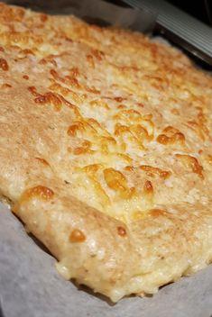 lavkarbomedhanne - Lchf mat uten sukker, gluten eller raske karbohydrater Lchf, Food And Drink, Pizza, Gluten, Cooking Recipes, Cheese, Baking, Healthy, Floor