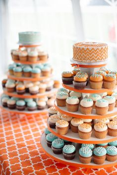 chevron cupcakes by http://www.concordteacakes.com |  Photography by paperantler.com |   Read more - http://www.stylemepretty.com/2013/07/01/thompson-island-massachusetts-wedding-from-paper-antler-photography/