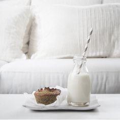 milk & muffin
