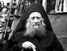 Γέροντας Ιωσήφ ο Ησυχαστής: Ποτέ να μην λέτε, δεν θα φθάσουμε εμείς στην απάθεια και τον αγιασμό…