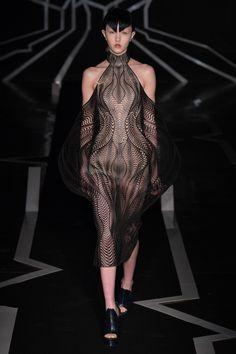 Défilé Iris Van Herpen Haute couture printemps-été 2017 14