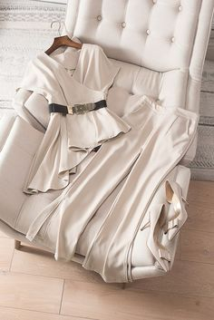 Summer Business Casual Outfits, Business Outfits, Office Outfits, Classy Outfits, Chic Outfits, Hijab Fashion, Fashion Dresses, Cute Dresses, Casual Dresses