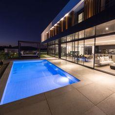 STUDIO MG2 (@studio_mg2) • Fotos e vídeos do Instagram Swimming Pools, Studio, Outdoor Decor, Instagram, Home Decor, Swiming Pool, Pools, Decoration Home, Room Decor