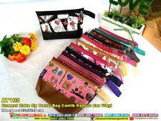 Dompet Make Up Travel Bag Cantik Kanvas Dan Vinyl WA 089526045767 #dompetkosmetik #dommpetkainvinyl #dompetkecil #dompetberbagaimotif #dompetunik #dompetserbaguna #dompetmurah #dompetmacamwarna #DompetMake #JualMake #undanganPernikahan #souvenirUnik