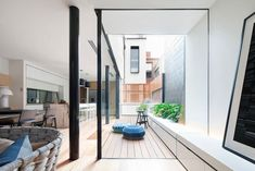 Really like this courtyard space. And very sharp glazing with minimal details. www.methodstudio.london