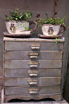 ...idea for the garden room or courtyard