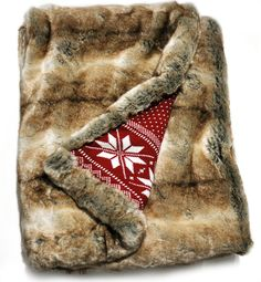 Cozy coyote lynx faux fur throw blanket with fair isle holiday stars sweater knit backing