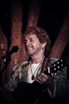 Jon Anderson To Tour South America; Releases Track for 2014 World Cup in Brazil