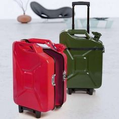 upcycling-gerry-can-turned-into-luggage