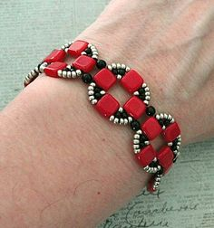 Bracelet & Earrings of the Day: Coin Bands - Red & Black | Linda's Crafty Inspirations | Bloglovin'