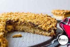 Appeltert is almal se gunsteling. Hier is 'n heerlike resep wat jy moet probeer. Apple Tart Recipe, Tart Dough, Tart Shells, Food Lab, Homemade Donuts, South African Recipes, Unsweetened Applesauce, Streusel Topping, Tart Recipes