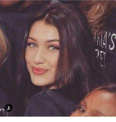 Bella Hadid Outfits, Bella Hadid Style, Bella Hadid Hair, Bella Hadid Makeup, Veronica Lake, Le Jolie, Woman Crush, Pretty Face, Pretty People