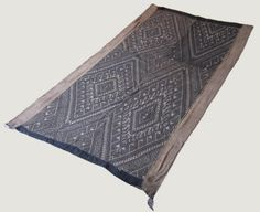 Over 100 years old, blanket (pha-hom) from Muang Vaen, northern Laos.