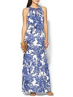 Gorgeous floral maxi for spring - Friday Favorites 3.13.15 - The Southern Style Guide