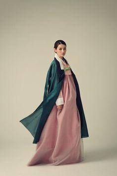 #wattpad #비아그라 100mg 효과=카톡via6688 텔레via6688=비아그라 100mg 효과 Korean Traditional Dress, Traditional Fashion, Traditional Dresses, Korea Dress, Korean Hanbok, Chinese Clothing, Korean Outfits, Asian Style, Costume Design