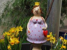 Gabi Winterl Keramik, lustig gestaltete Figuren aus Steingut, Frosch