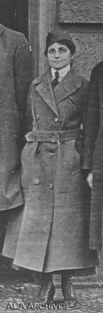 Lillian Baker Griggs (in uniform under her coat): in this photograph she has abandoned the women's round brimmed hat for a barracks cap, probably inspired by her male counterparts.