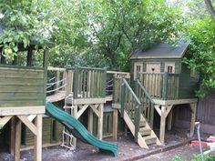 Playhouse Plans   Play platforms and playhouse (PC110769) - tree house, playhouses ...