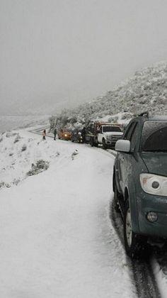 Nevada cubre los picos de Mérida y deleita a propios y visitantes,,, 11/06/2014 #Venezuela