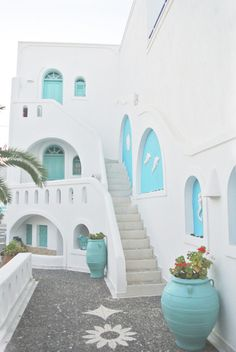 Anastasia Princess Hotel, Santorini, Greece When it came to going away this year, a Greek island was at the top of my list having never visited one before. Santorini House, Santorini Greece Hotels, Santorini Palace, Santorini Villas, Princess Hotel, Casa Retro, Greek House, Belle Villa, Greece Travel