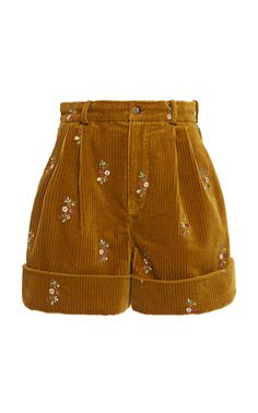 Floral-Embroidered Cotton Corduroy Pleated Shorts by Alanui Mode Outfits, Retro Outfits, Cute Casual Outfits, Vintage Outfits, Summer Outfits, Fashion Outfits, Grunge Outfits, Diy Fashion, Vintage Style Outfits