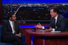 Aziz Ansari Calls Out Whiteness Of Late Night And Flusters Stephen Colbert