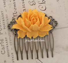 Yellow Rose Hair Comb Wedding Headpiece Mustard Yellow Big Flower Bridal Hair Slide Amber Canary Retro Preppy Shabby Chic Sunglow Bright WR