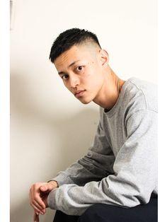 【2019年夏】メンズ|ベリーショートの髪型・ヘアアレンジ|人気順|18ページ目|ホットペッパービューティー ヘアスタイル・ヘアカタログ Mens Hairstyles With Beard, Asian Men Hairstyle, Haircuts For Men, Cool Hairstyles, Hairdresser, Male Models, Hair Cuts, Hair Beauty, Hair Styles