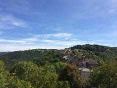 Vue du village de la rue du château