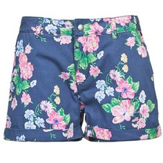 The must have item for this season, floral shorts, by Pepe Jeans @spartoouk