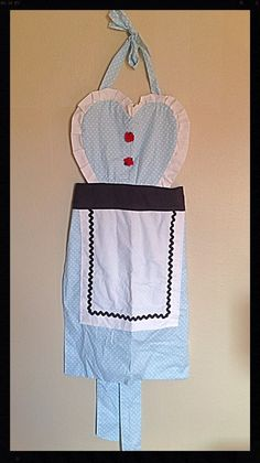 Alice in Wonderland Themed Kitchen Apron by ShootingStarsParties